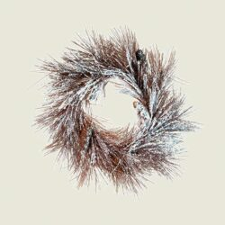 Χριστουγεννιάτικο στεφάνι με κουκουνάρια, χιονισμένο, 60cm