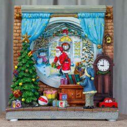 Χριστουγεννιάτικο δωμάτιο με Αη Βασίλη, 20X20cm