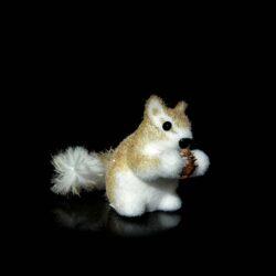 Σκίουρος με βελανίδι, μήκους 20cm