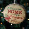 Ξύλινο στολίδι All Hearts come Home, μήκους 10cm