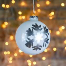 Μπάλα γυάλινη, λευκή με ασημί νιφάδα, διαμέτρου 8cm